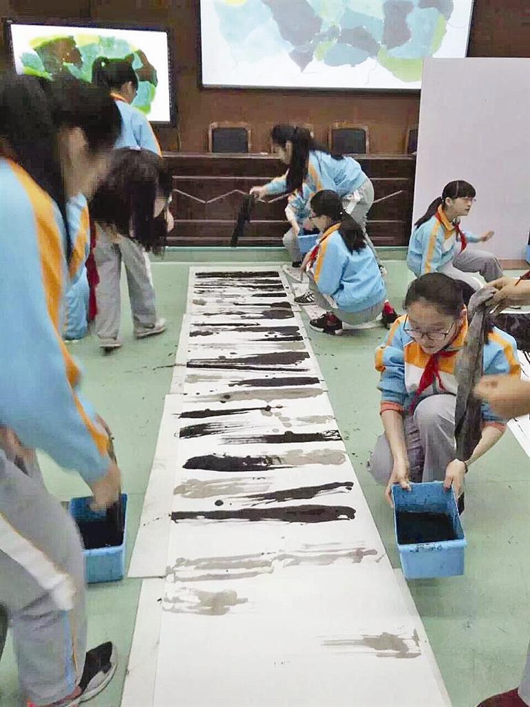 螺洋小学,路桥实验小学在浙江省国际跳棋锦标赛中均获得过第一名的图片